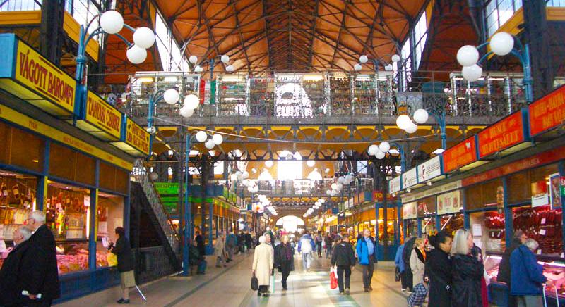 Центральный рынок Будапешта внутри